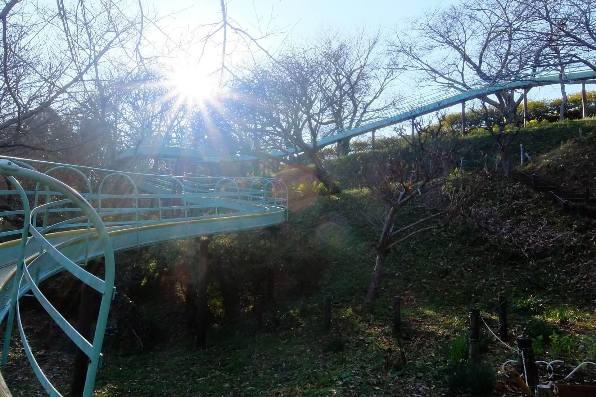 吾妻山公園の滑り台